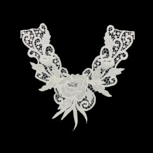 guipure lace collar