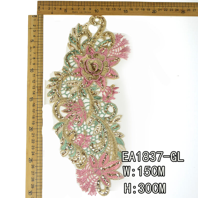 Beaded lace collar