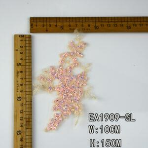 border lace collar