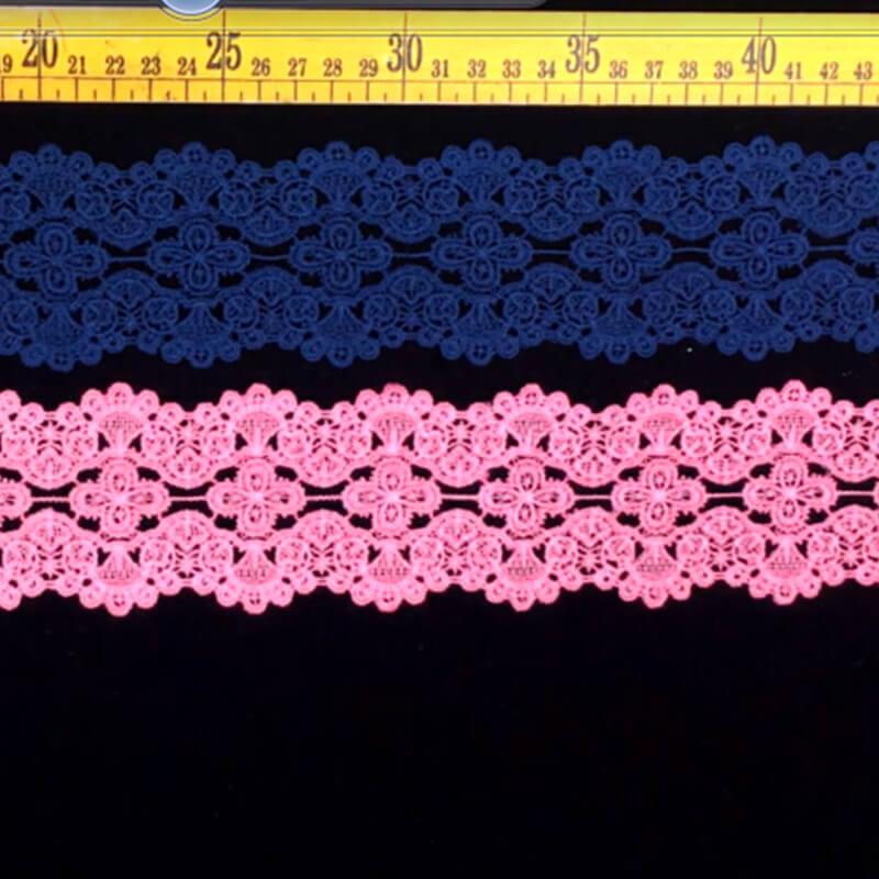colored lace trim
